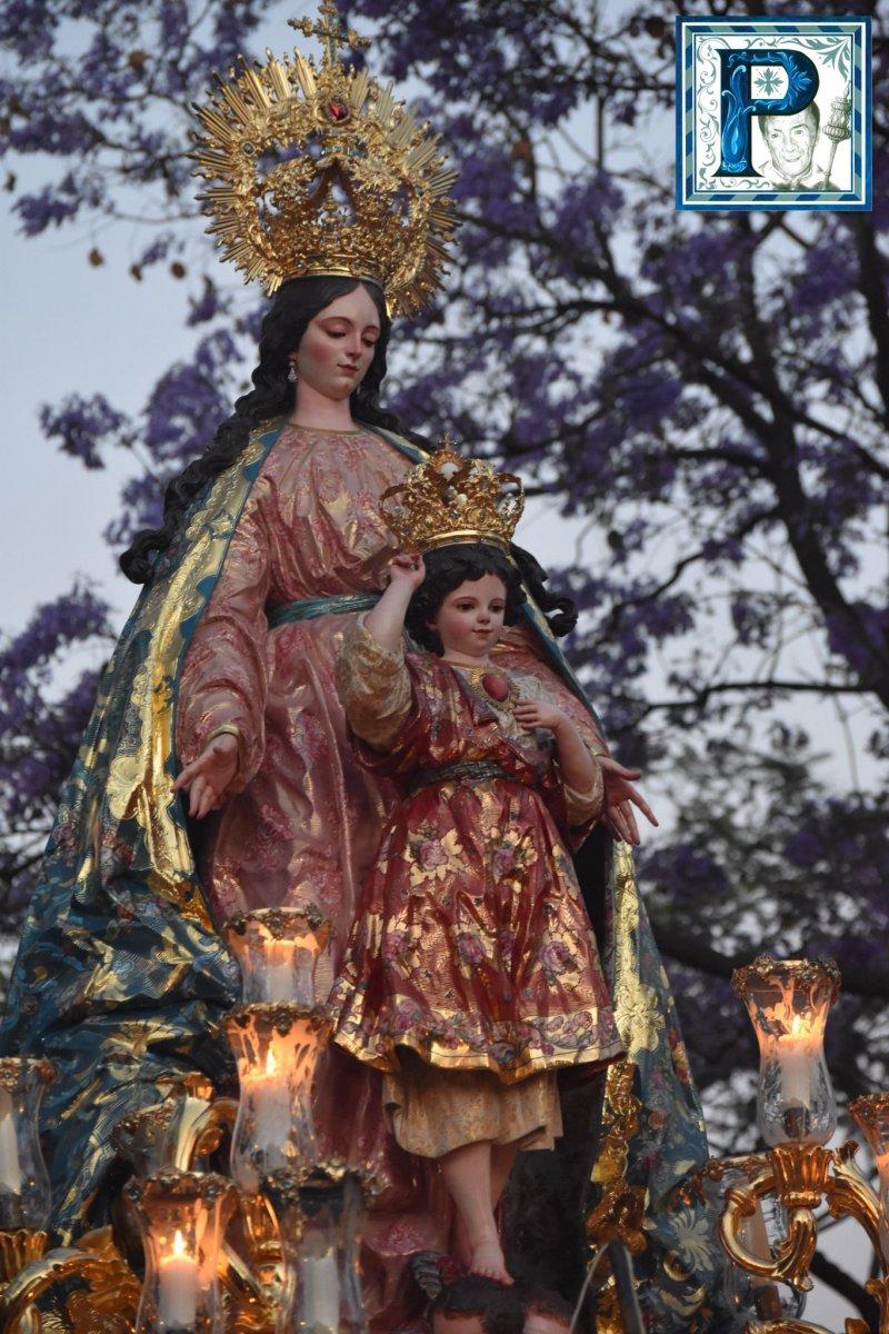 Las procesiones del sábado desde el objetivo de Lucas Álvarez