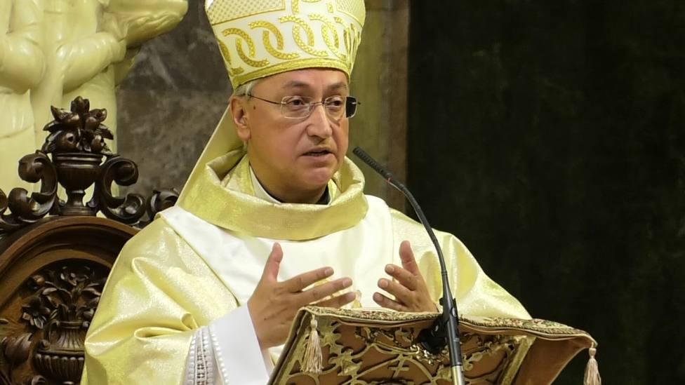 Los frentes cofradieros que están abiertos en la llegada de Monseñor Rico Pavés