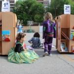 Sacamos las bibliotecas a los patios