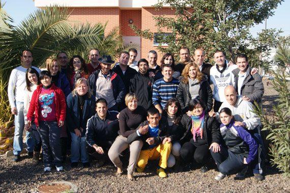 Fran Serrejón comparte mesa y mantel con la comunidad proyecto hombre