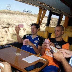Relajados en el autobús