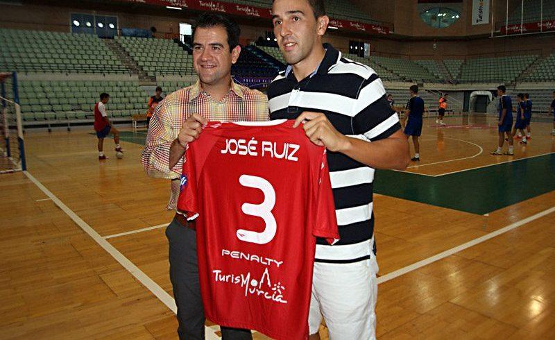 José Ruiz será jugador de ElPozo Murcia hasta 2015