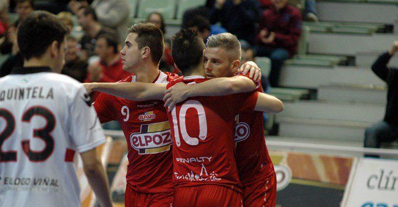 ElPozo Murcia gana a Santiago y se afianza  en la segunda plaza (5-2)