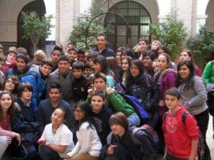 Franklin y José Ruiz con los alumnos