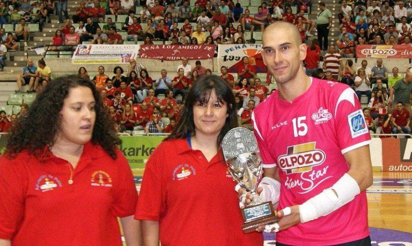 Rafa, trofeo mejor jugador de la Peña 1º Liga