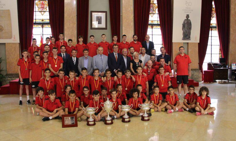 RECEPCIÓN| El Alcalde de Murcia recibe a los equipos de las Bases de ElPozo FS tras proclamarse Campeones de España