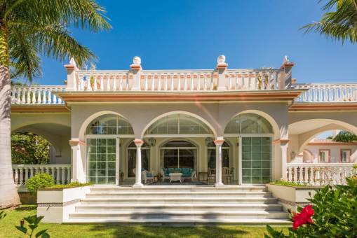 5 Bedroom Villa for Sale – 1,375,000€