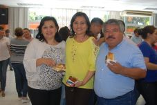 Dulce Garrido, Sonia Alejo y Abelardo Villar.