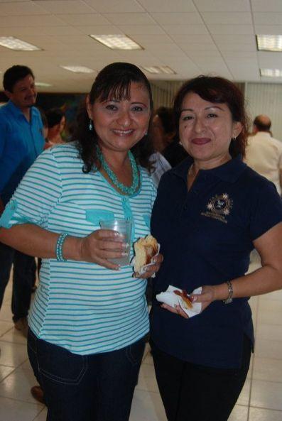 Ligia Aguilar y Domi Poot.