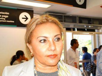 Cecilia Loria Marín ORIGEN: México Distrito Federal DESTINO: Chetumal Quintana Roo MOTIVO: Retorno después de cumplir con una encomienda del CONALEP.