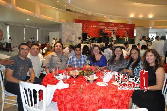 Jesús Amador, Armando Batun, Jesús Gonzales, Mario Castillo, Idalia Carrillo, Maribel Torres, Anael Avalos, Mirian Chan.