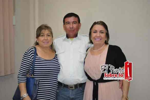Elvia, Ramón y Herlinda Manzanero Torres.