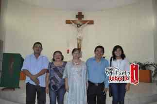 Con la Familia Nah Caamal.