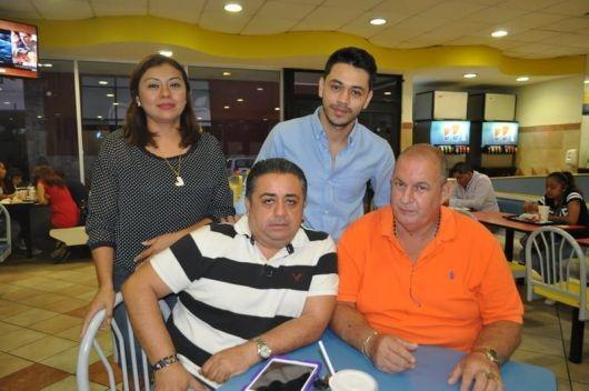 Sergio Schultz, Carlos Correa, Lenny Tolosa y Sergio Schultz Jr.