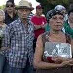Largas filas para despedir a Fidel en la Plaza de la Revolución