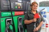 El precio de la gasolina 'verde' bajará mañana un centavo