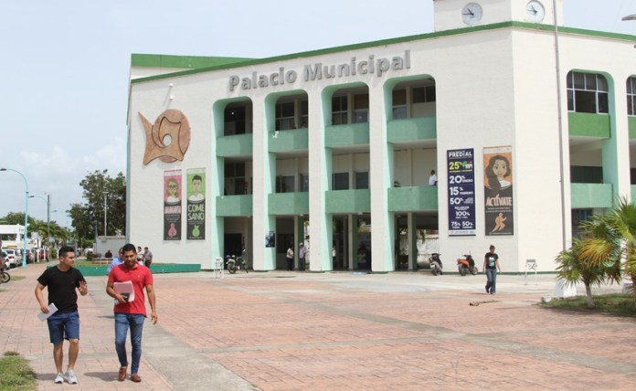 Van contra directores del Ayuntamiento de Chetumal por incumplir sentencia federal