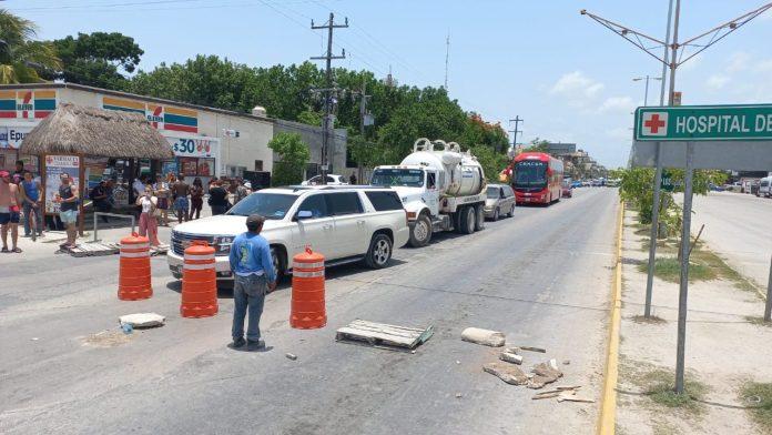 https://quintafuerza.mx/comunidad/video-invasores-bloquean-acceso-a-tulum-protestan-por-ser-desalojados/