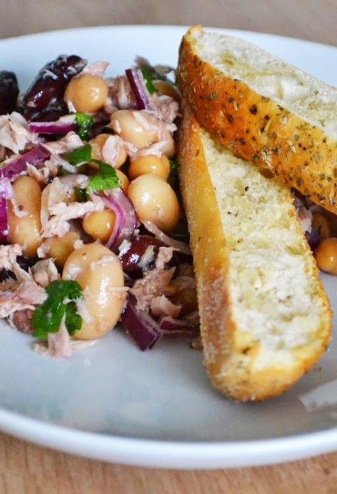Ensalada de Tuna, Pimenton y frijoles