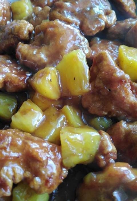 Pollo con Ananas