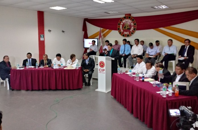Candidatos de Talara exponen propuestas