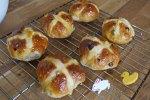 Pear and cardamom hot cross buns recipe - Elsa Eats