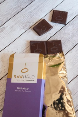 Pure Mylk Raw Halo chocolate