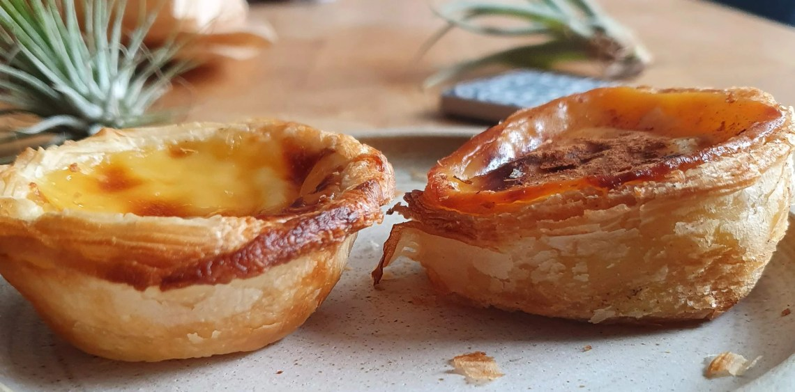 A side view of both the Lidl tart on the left and the Just Natas tart on the right.