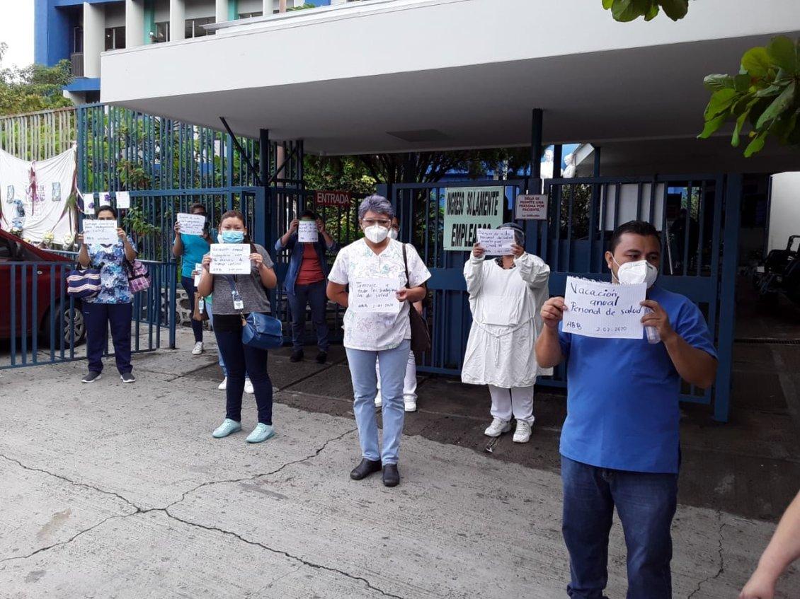 Bukele ordena separar del cargo a director PNC de Ahuachapán