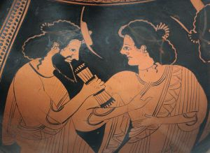 Hermes y su madre Maya, detalle de una ánfora ática. años 500 a. C., Staatliche Antikensammlungen (Inv. 2304).