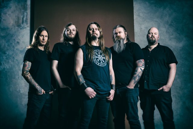 "ENSLAVED video clip de su nuevo single ""Homebound"""