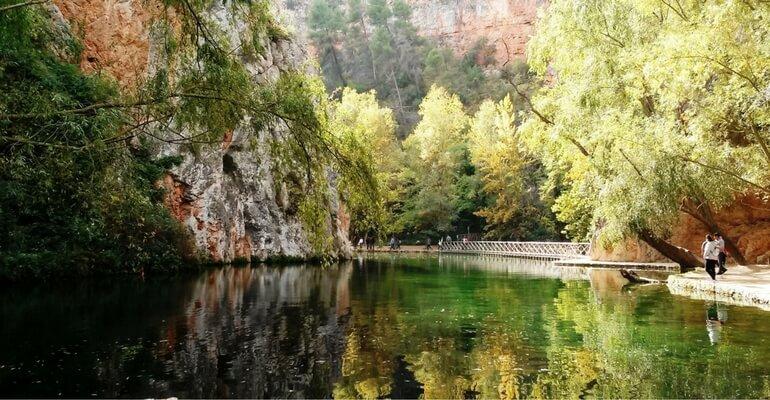Resultado de imagen de monasterio de piedra lago espejo