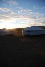 Ger kamp bij zonsopkomst Mongolië