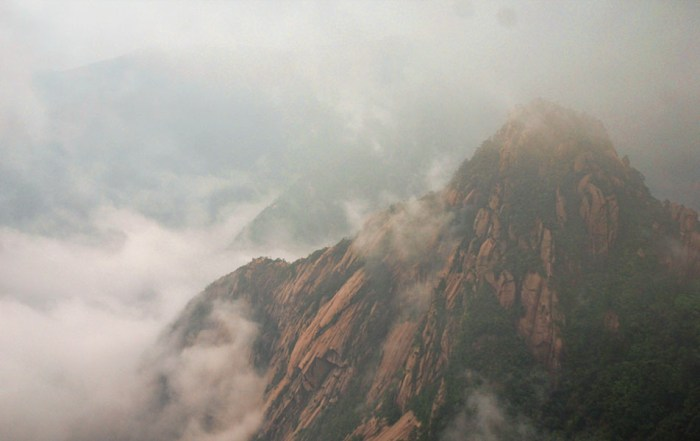 Huangshan Gele bergen China afdaling