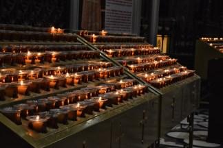 Milaan Duomo kaarsjes binnenkant