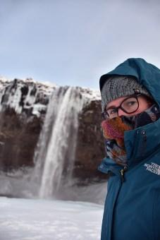 Selfie van Els op Reis bij de Seljalandfoss IJsland