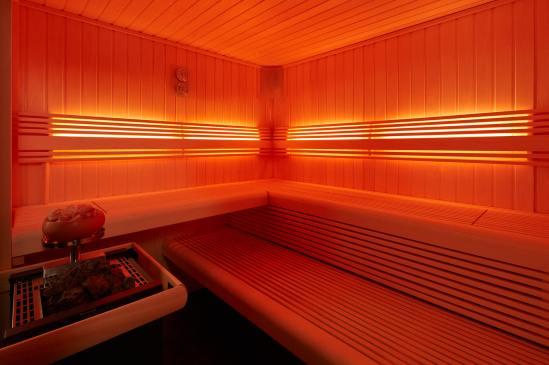 LED-Rueckenlehnenbeleuchtung_S83