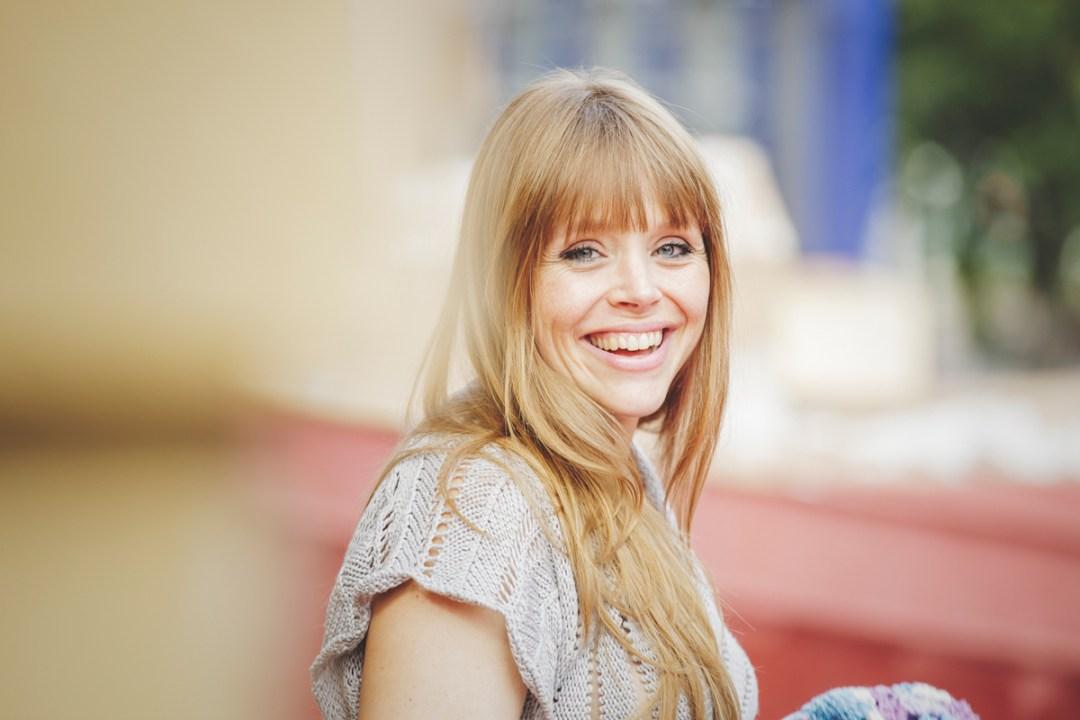 retrato de chica sonriente