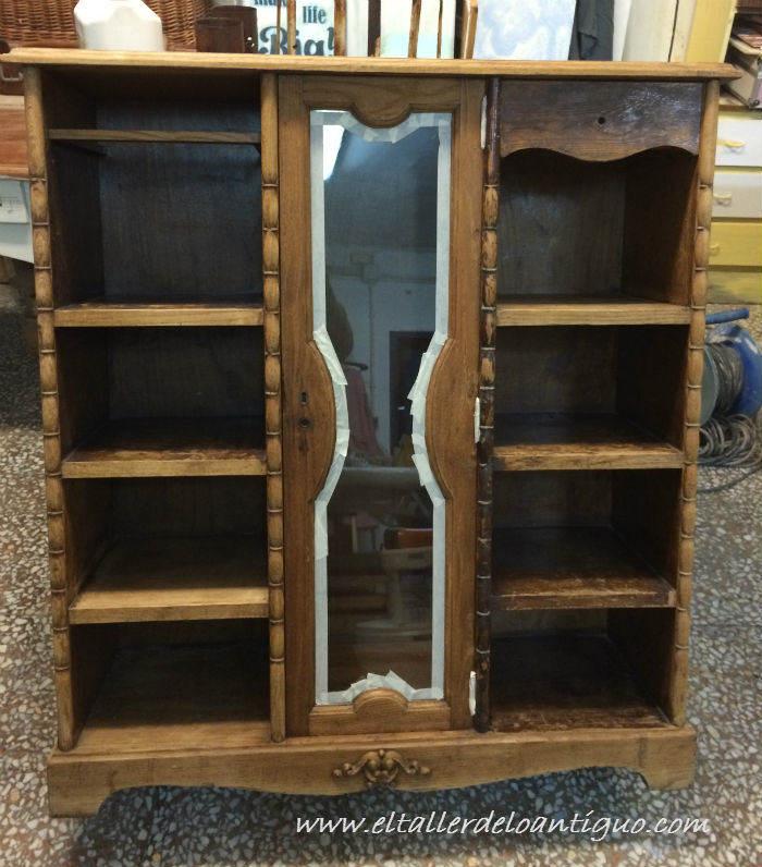 Pintar mueble r stico en blanco el taller de lo antiguo for Muebles vanitorios rusticos