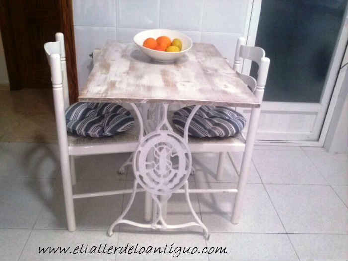 10-mesa-singer-cocina
