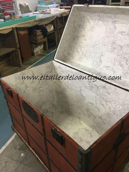 Forrado interior del baúl restauración de un baúl de tejido gutapercha