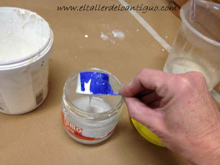 preparar agua-cola para imprimación