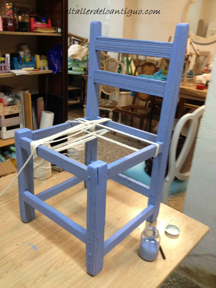 Como encordar una silla de campo el taller de lo antiguo - Tejidos para tapizar sillas ...