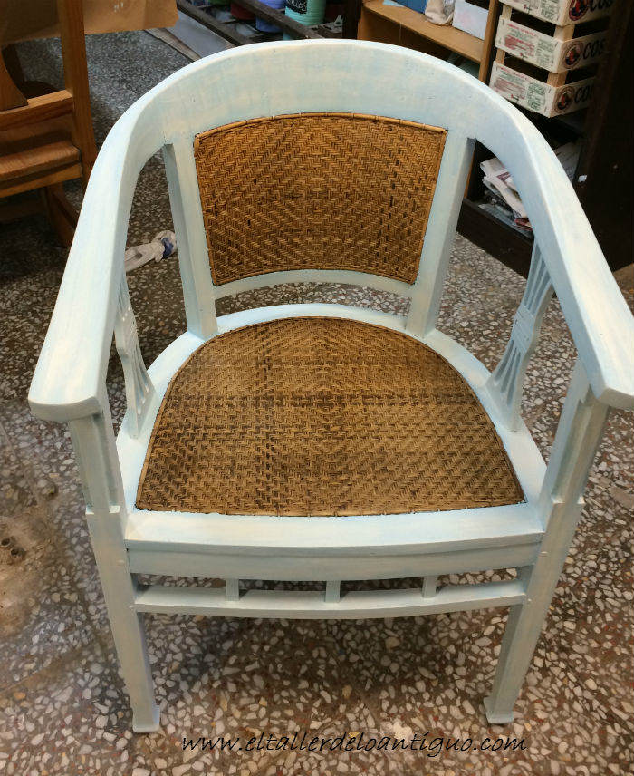 11-shabby-chic-pintar-sillones-de-colores