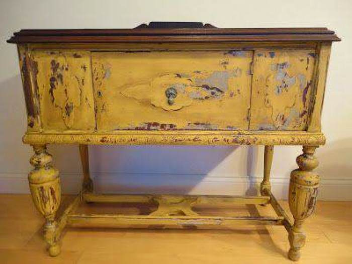 6-pintar-muebles-de-color-amarillo