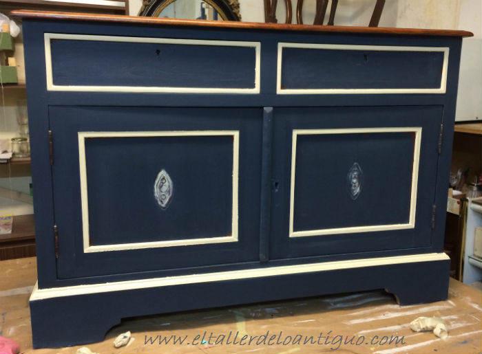7-Pintura-decorativa-en-un-mueble-ingles