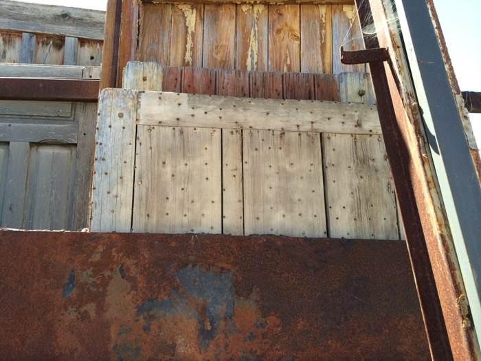 1-Reciclar de puerta a mesa de exterior