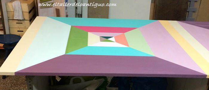 5-pintar-mesa-de-taller-de-colores