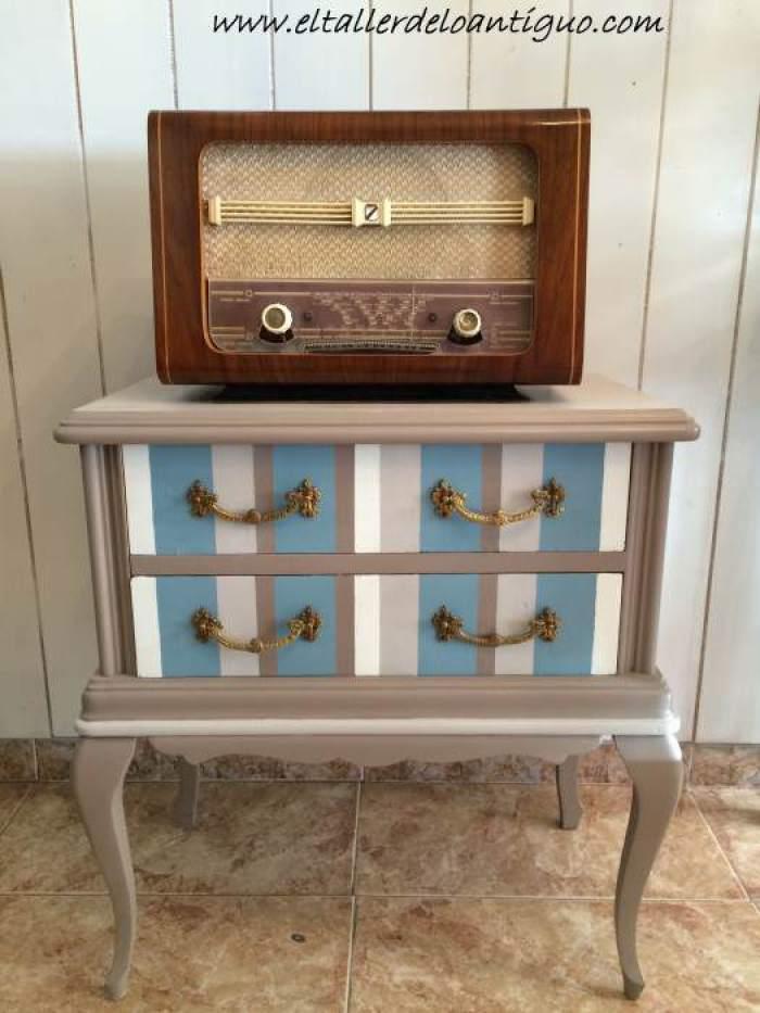 23-reproducir-boton-de-radio-antigua
