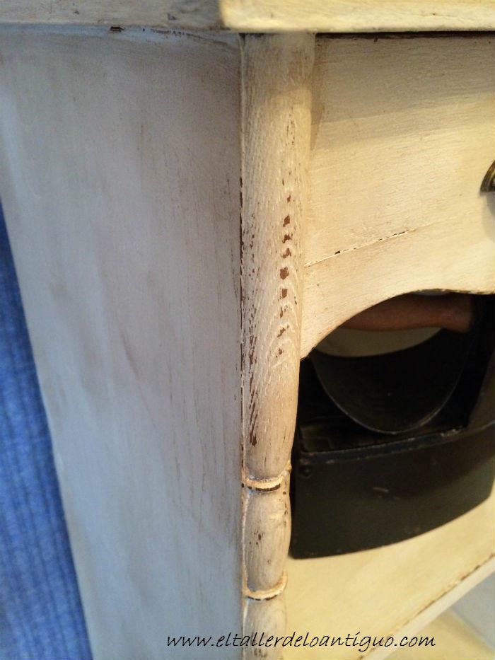 4-Pintar-mueble-rustico-en-blanco